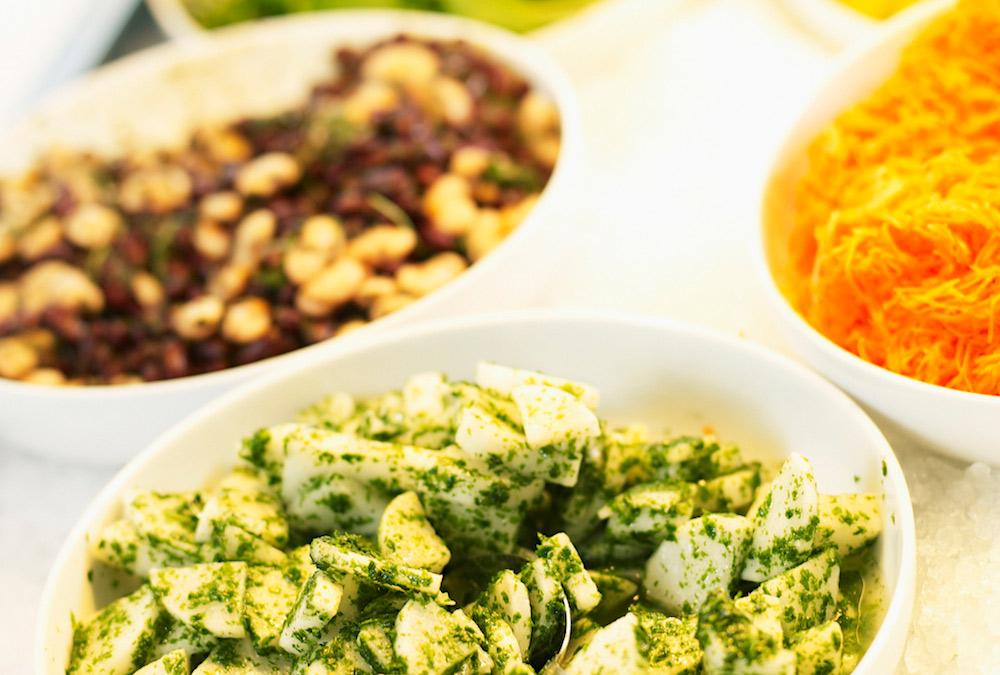 FA_FI_A_Salad_table_33